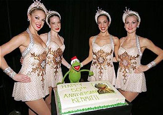 Muppet Central News - Kermit meets the Rockettes on world tour