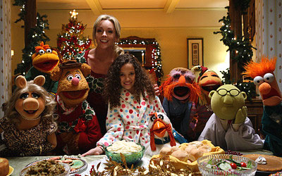 The Muppets with Jane Krakowski and Madison Pettis in Letters to Santa