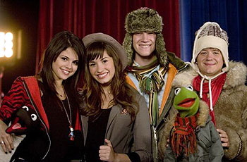 Selena Gomez, Demi Lovato, Jason Dolley, Kermit the Frog, Jason Earles and a penguin